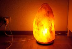 Electric salt lamp.