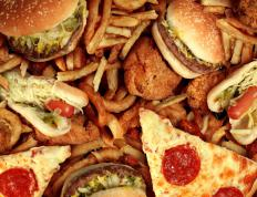 A college dietitian can give students suggestions on how to avoid junk foods.