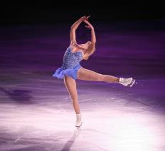 Ice skaters usually wear costumes with sequins in competitions.
