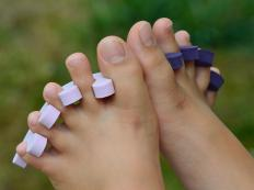 Toe separators may be useful when applying toenail art.