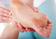 Massages may help alleviate discomfort associated with heavy legs.
