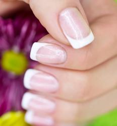 A cuticle pen is a manicure that is used to soften and moisturize the cuticle and the skin just around the fingernails.