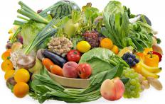 Fresh fruits and vegetables offer a wealth of antioxidant minerals.