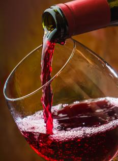 Red wines are typically served with in glasses with large, round bowls, which can pose a problem for people with small wine glasses.