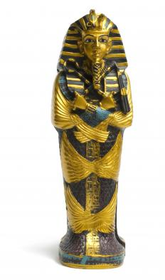 Due to his fame, replicas of King Tut's sarcophagus are widespread.