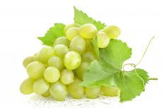 Grapes and other fresh fruit may be served to complement ham and brie.