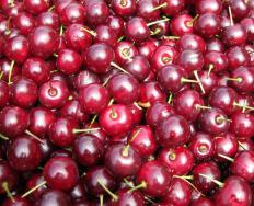 Eating fresh cherries daily carries many health benefits because of their levels of antioxidants, vitamins and minerals.