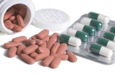Medication may help relieve pain associated with a bruised shoulder.