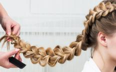 When a braid is finished, it can be secured with an elastic ponytail holder.
