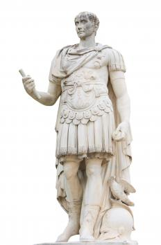 "Julius Caesar's ""veni, vidi, vici"" is an example of a paratactic declaration."