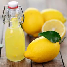 Lemon juice is used to make hollandaise sauce.