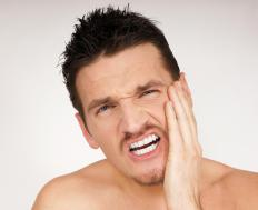 Severe jaw pain may be a symptom of jaw cancer.