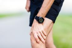 Tricompartmental arthritis can cause knee joint pain and stiffness.