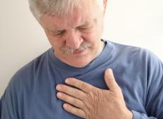 Symptoms of angina pectoris may include chest pain.