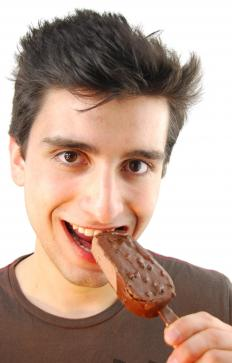 The most common ice cream bars are those that can be easily held by hand and eaten without other utensils.