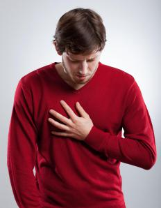 Heartburn may be present if there is an injury to the throat that is causing difficulty swallowing.