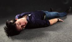 During a complex partial seizure, it is a good idea for the patient to lie down.