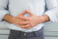 People with celiac disease may experience abdominal pain when consuming gluten.