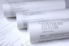 Computer programming online courses often focus on a single coding language.