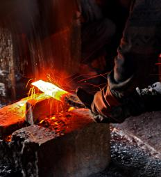Open die forging is sometimes called smith forging because of its similarities to blacksmithing.