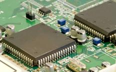 A microcontroller is part of some single board computers.