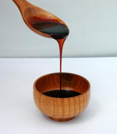 Molasses, one of the ingredients for toffee.
