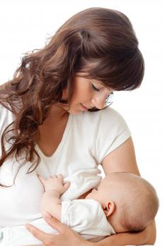 Ongoing breastfeeding is an important part of mastitis treatment.