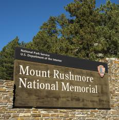 Mount Rushmore National Monument contains exhibits and a hiking trail as well as the famous mountainside sculpture.