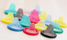 Condoms can sometimes cause vaginal fissures and bleeding in women.