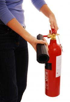 The halon gas used in halon fire extinguishers does not conduct electricity, making it ideal for putting out electrical fires.