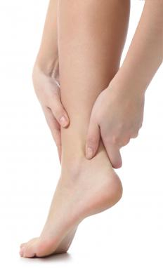 Regularly using a pumice stone can keep feet free of calluses.