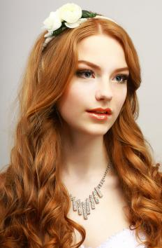 Golden, copper, and champagne colored shades are appropriate for redheads.