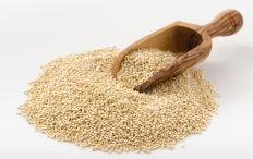 Quinoa seeds are used to make quinoa flour.