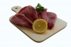 Rump steak is a very flavorful cut and should be tenderized instead of marinated before cooking.