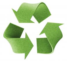 The recycling logo uses the trefoil symbol.