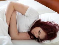 Stomach cramps and nausea may be experience during mirtazapine withdrawal.