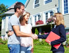 Finding an experienced agent is helpful during the short sale process.