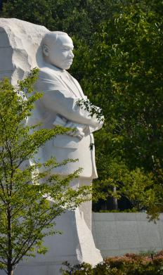 Sculpture of Martin Luther King Jr., who encouraged his followers to turn the other cheek.