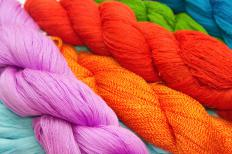 Worsted weight yarn can is fairly easy to work with, and beginners love their vibrant colors.