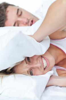 Nasal breathing aids may help prevent snoring during sleep.