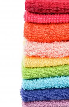 Bath towels are generally priced between $5-$20.