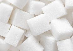 Crushing up sugar cubes is one alternative to pearl sugar.