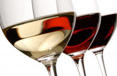 Wine industry analysts might look at which kinds of wines are paired with different foods.
