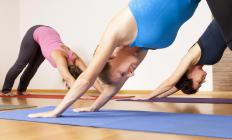 Practicing yoga may help alleviate morning stiffness.