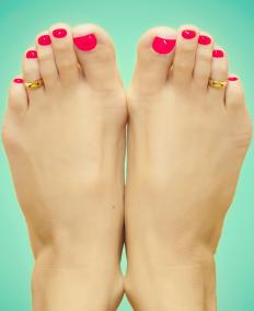 Toe rings may be made of gold.
