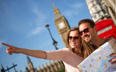 Online guidebooks usually include maps and other helpful travel resources.
