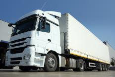 Customers should ask trucking services for freight delivery price quotes.
