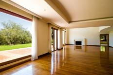 A recessed ceiling, also known as a tray ceiling, is designed to add elegance and style to a room.