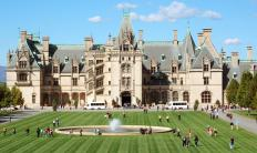 The Biltmore House is located in Asheville, North Carolina.
