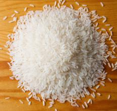 White rice is commonly used in risalamande.